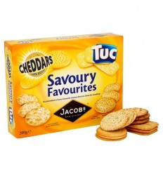 Jacobs Savoury Favourites Biscuit Carton
